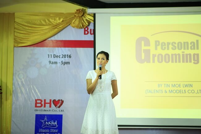 Tin Moe Lwin - BurmeseHearts Edtech Conference Yangon 2016 December